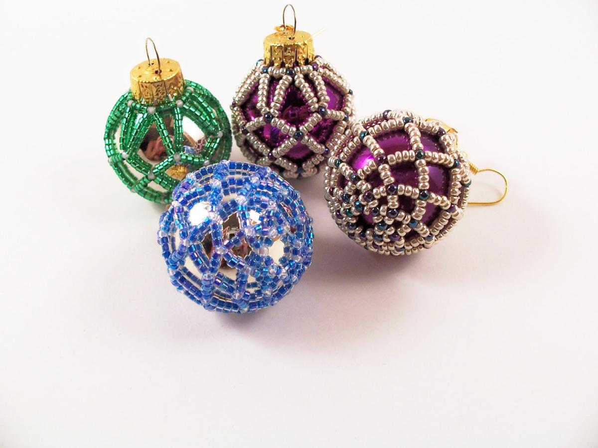 Beaded Christmas Ornament - Pattern 3 Net Beading Tutorial ...